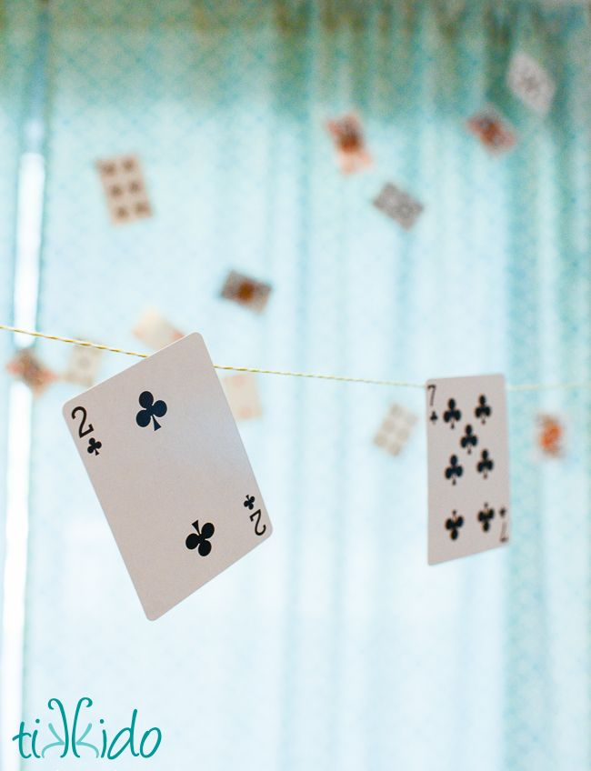 Easy Playing Cards Party Garland Tutorial | Tikkido.com