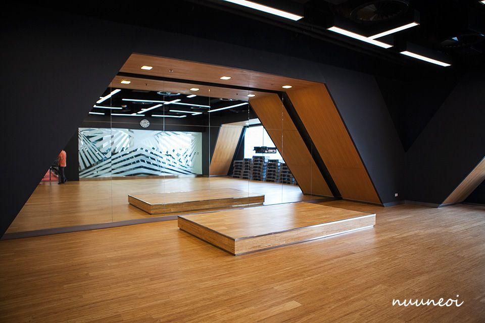 Pin by Bojan Milijaš on Mis Fitness Ideas Gym interior