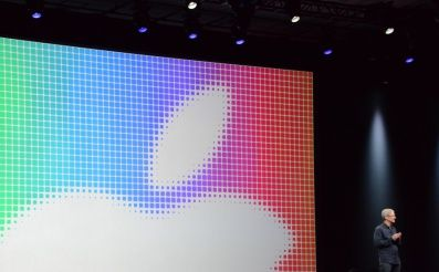 Nový operačný systém pre iPhony a iPady a zároveň aj nový OS X Yosemite pre počítače Mac. Kopa nových funkcií, vychytávok a vecí, ktoré jednoducho vymyslí len Apple a nám môžu uľahčovať život.