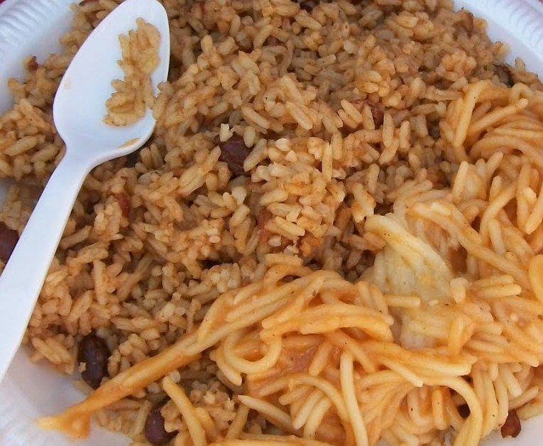 moro de habichuelas rojas con espaguetis  Comida Dominicana  Comida dominicana Recetas de cocina Comida