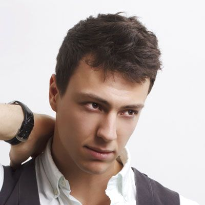 5 Cool Haircuts For The First Stages Of Hair Loss Cool Haircuts Haircuts For Receding Hairline Cool Mens Haircuts