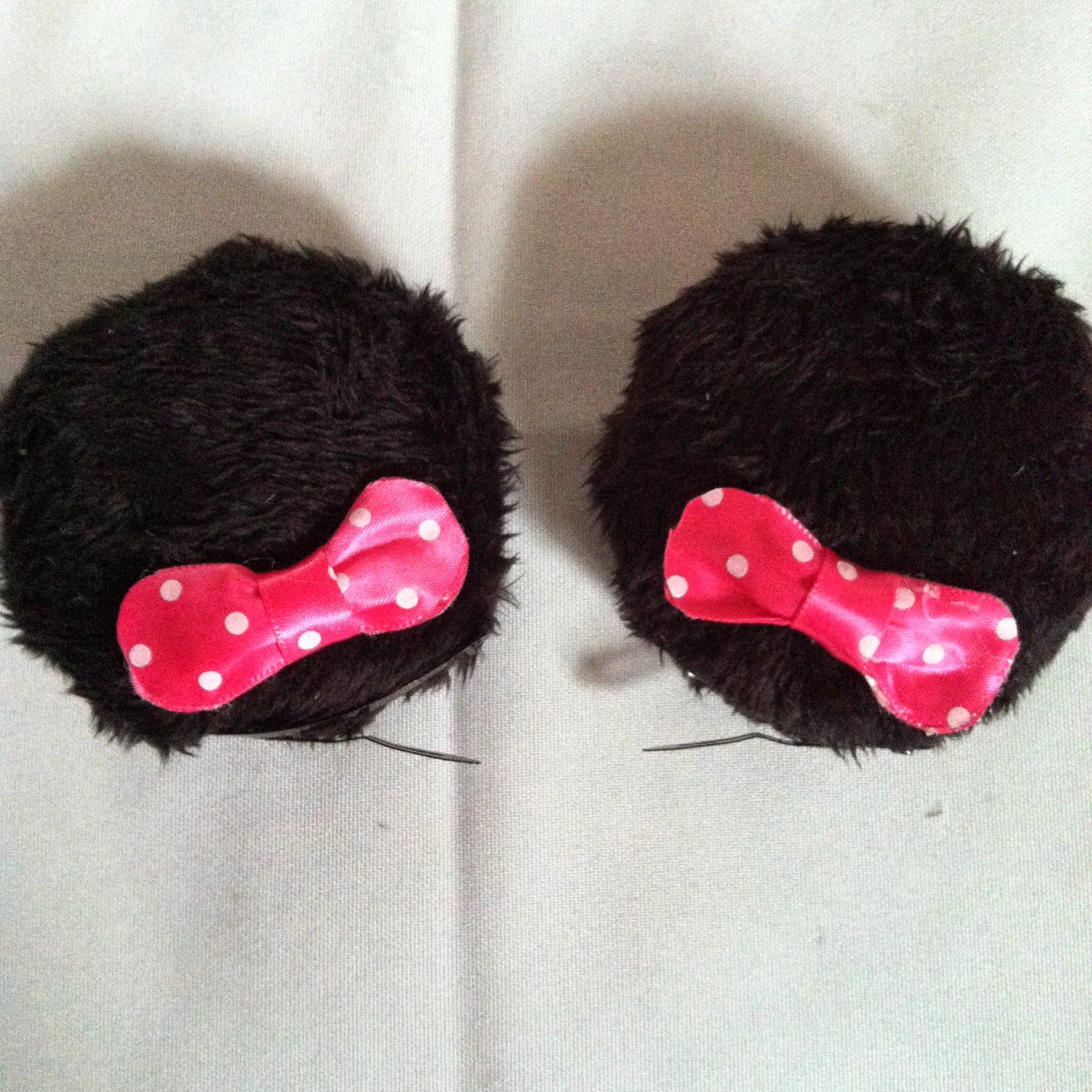 DIY Disneyland Minnie Mouse Clip in Ears