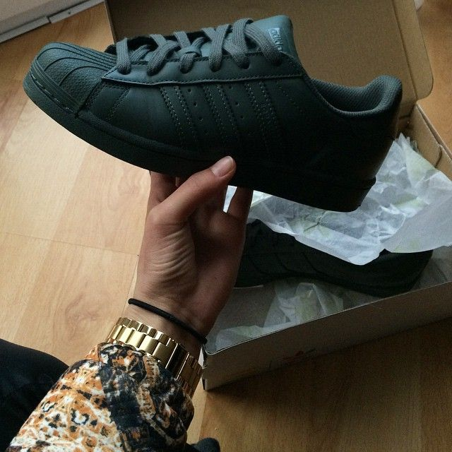aeaby 1000+ images about Adidas Original Superstar on Pinterest