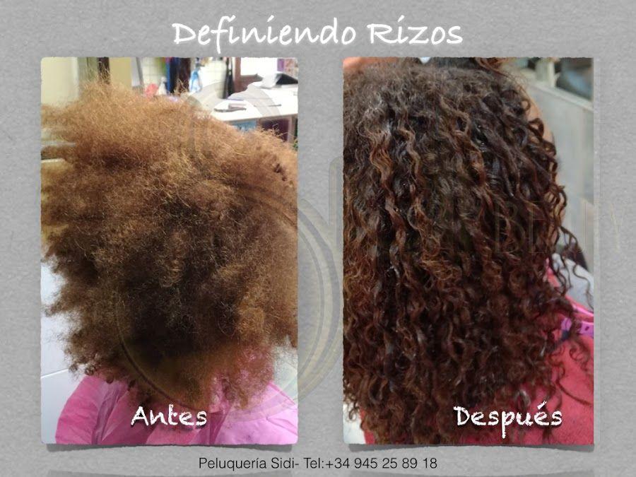 Definiendo Rizos En Pelo Afro Un Cabello Rizado Y