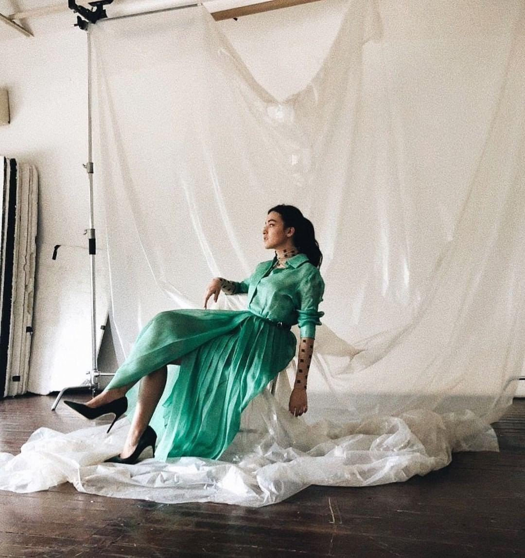 A fresh aqua green mood for MondayA fresh aqua green mood for Monday Up and coming actress Mawar de Jongh in fendi ElcoFrebliaman mawareva