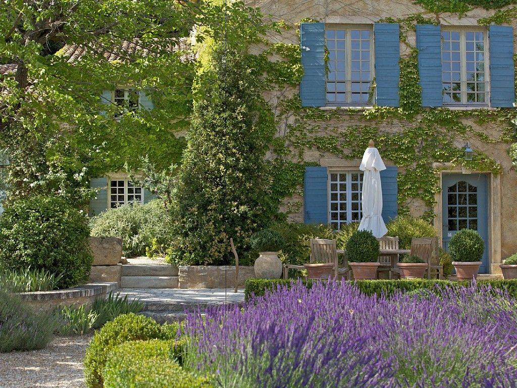 Manoir isle sur sorgue en luberon france location for Maison de provence decoration