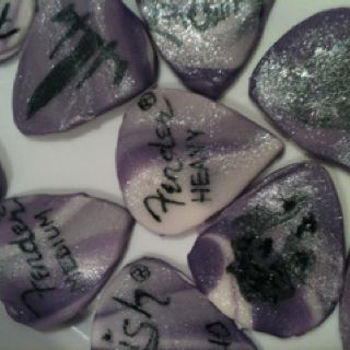 Fondant guitar picks