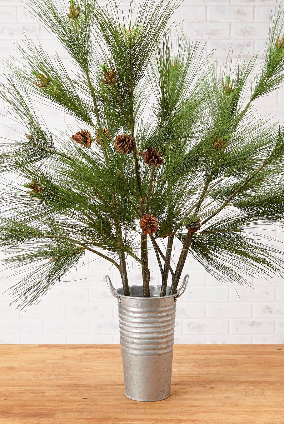 Needle Pine Sprays Set Of Four Frontgate In 2020 Tree Branch Decor Vase With Branches Branch Decor