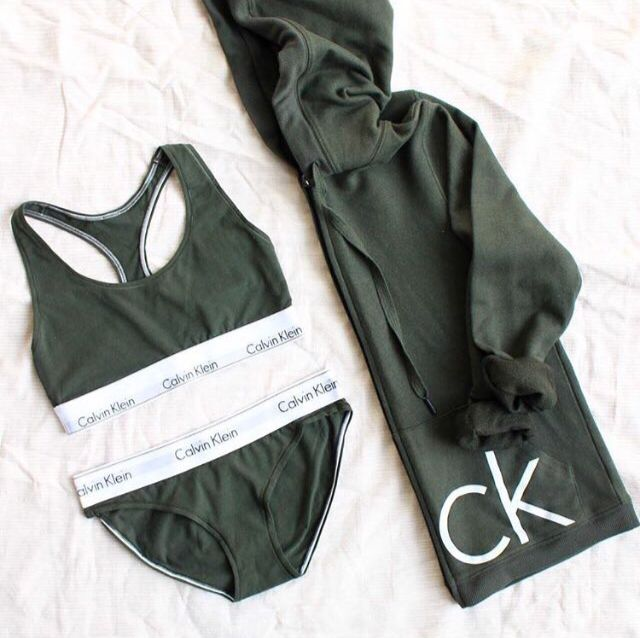 1e7d4a36332e cozy and fashionable...is there anything better? Calvin Klein Outfits,  Calvin