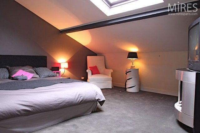 chambre mansard e moderne recherche google d co chambre kaylyne pinterest mansard. Black Bedroom Furniture Sets. Home Design Ideas