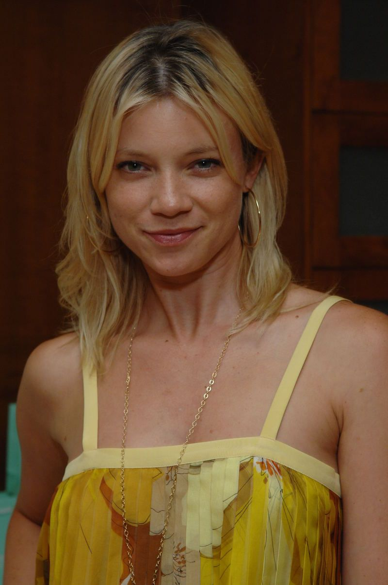 Amy Smart Hot Images actress amy smart hot celebrity hairstyles  _ | amy