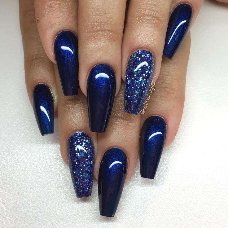 Midnight Blue Med Blatt Glitter Nail Design Art Salon