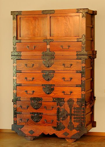 Japanese Tansu Chest Meant To Be Moved These Ingenious Storage