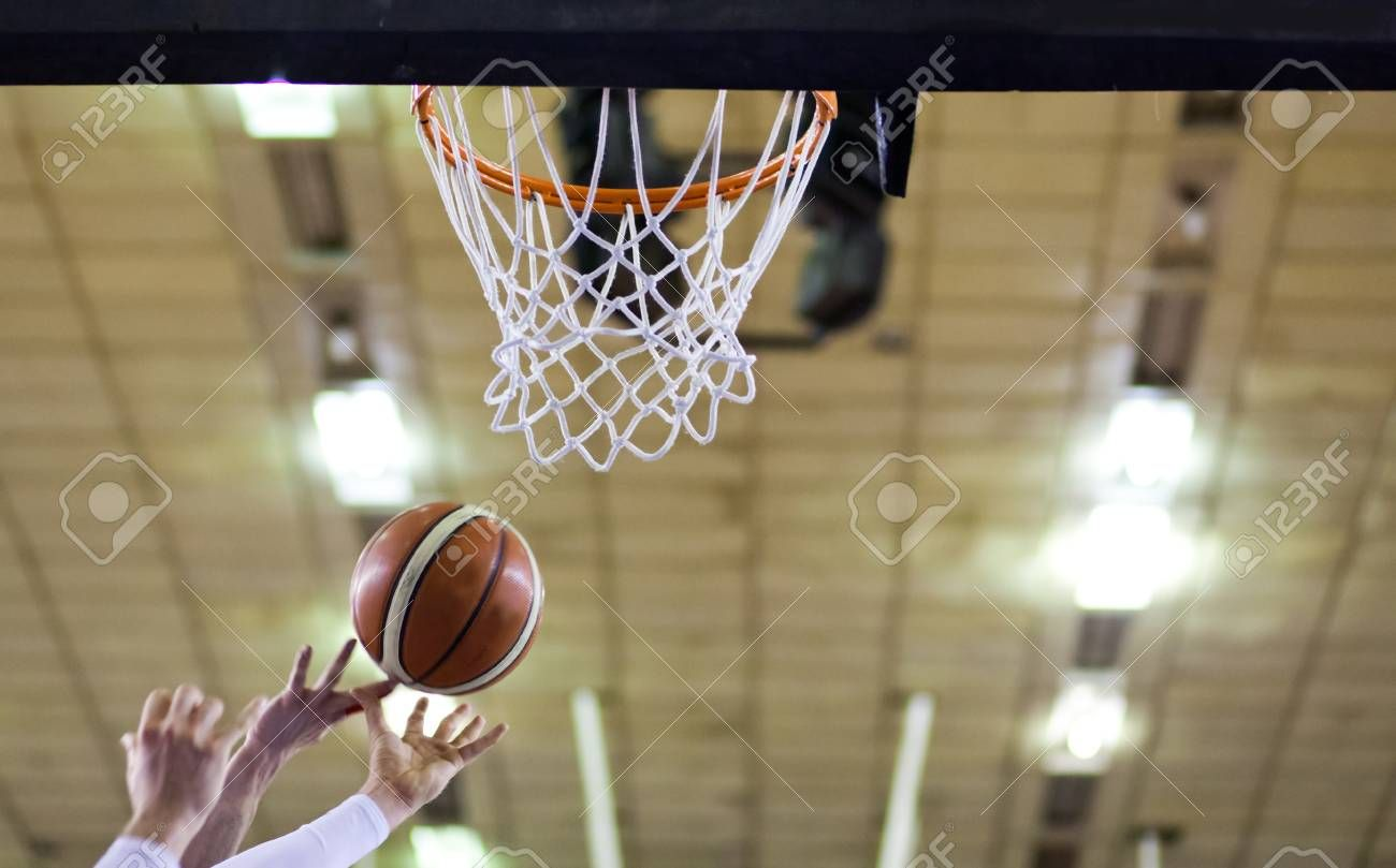 Scoring The Winning Points At A Basketball Game Spon Winning Scoring Points Game Basketball Basketball Games Basketball Flyer Design