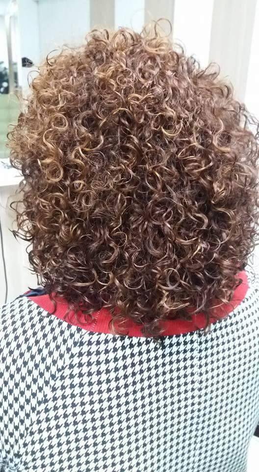 Permed For Christmas Dauerwelle Lockige Frisuren Haare