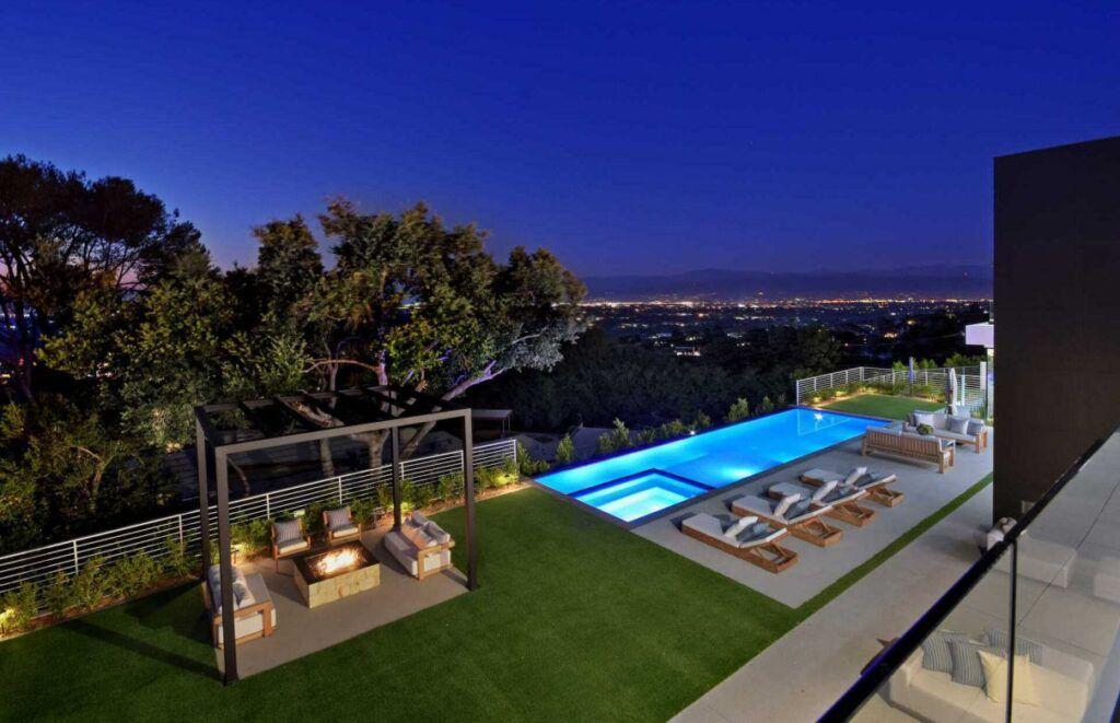 sherman oaks luxury homes for sale