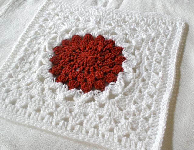 Kata Square in white with orange-brown center. | Crochet-Granny ...
