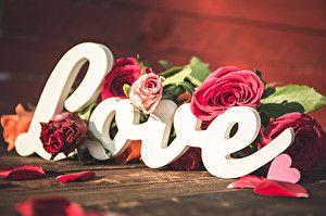 Fonds D Ecran Rosiers Amour Mot Anglais Couvertures De Journal Couverture Facebook Fond Ecran