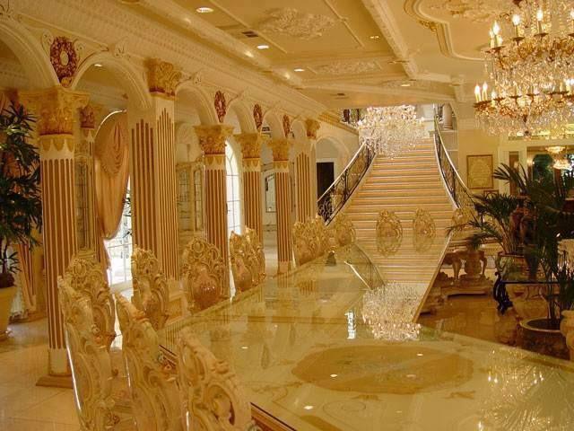 Royal Decor! | Emma Ruiz | Pinterest | Stairways, Room Ideas And House
