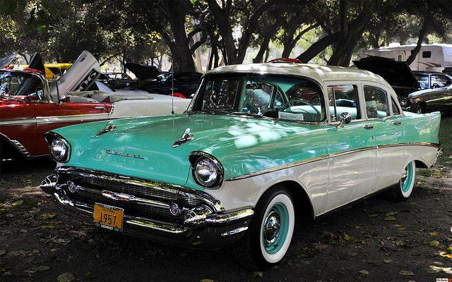1957 Chevrolet Two Ten 4 Door Sedan India Ivory Over Surf Green