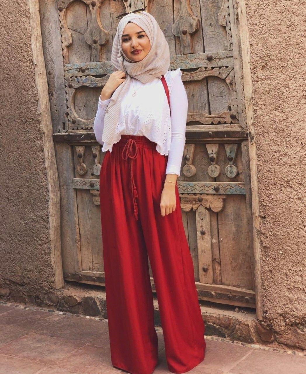 20+ Beautiful Hijab Style Ideas For 2021 - InspiringMesh