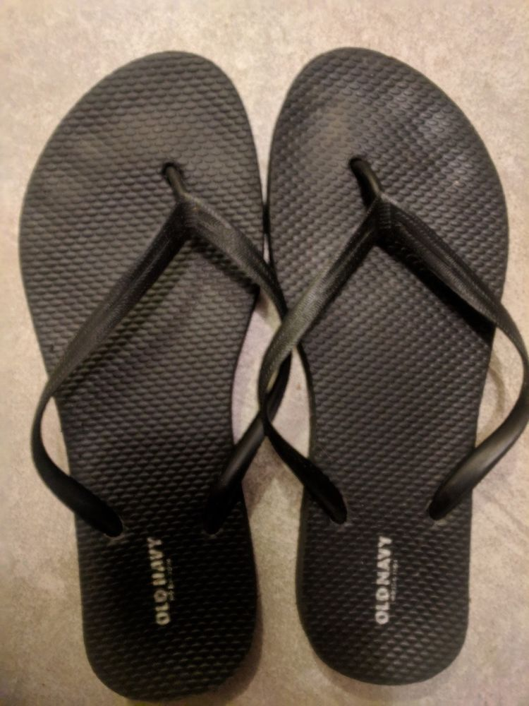 87eb24ec2d63be Women s well worn used black flip flop size 7  fashion  clothing  shoes   accessories  womensshoes  sandals (ebay link)