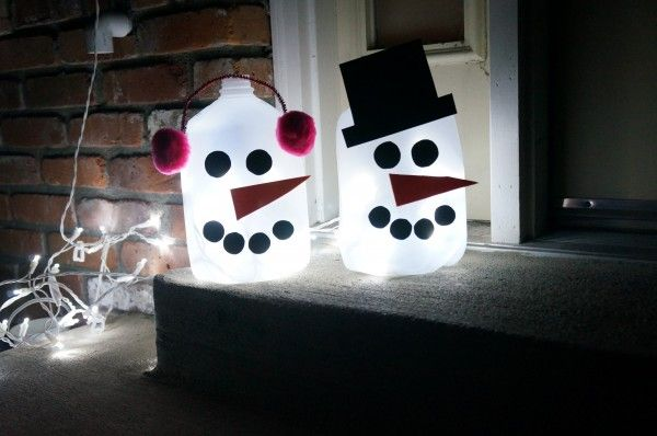 Light up outdoor snowman outdoor snowman snowman and craft light up outdoor snowmen a great craft that you can do with your kids mozeypictures Choice Image