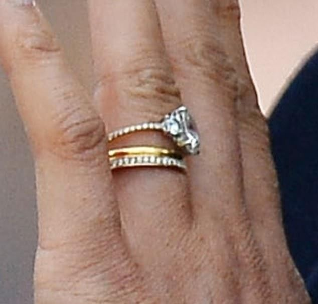 Delicate The New Thinner Band Pictured Is More In Keeping With Meghan S Love Of Dainty Royal Engagement Rings Engagement Rings Opal Antique Wedding Jewelry