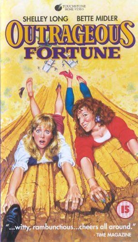 """OUTRAGEOUS FORTUNE"". (1987) BETTE Midler, Shelley Long"