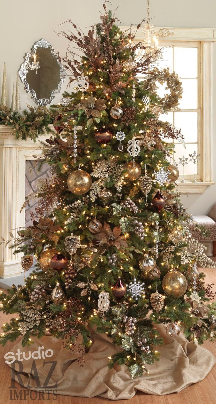 Beautiful Christmas Tree With Gold Ornaments Christmas Tree Inspiration Christmas Tree Themes Beautiful Christmas Trees