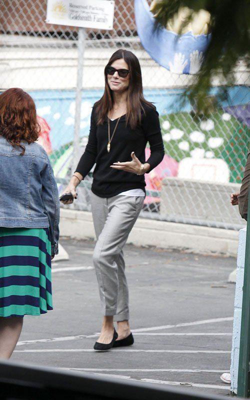 Great Casual Teacher Look Sandra Bullock Teacher Wardrobe