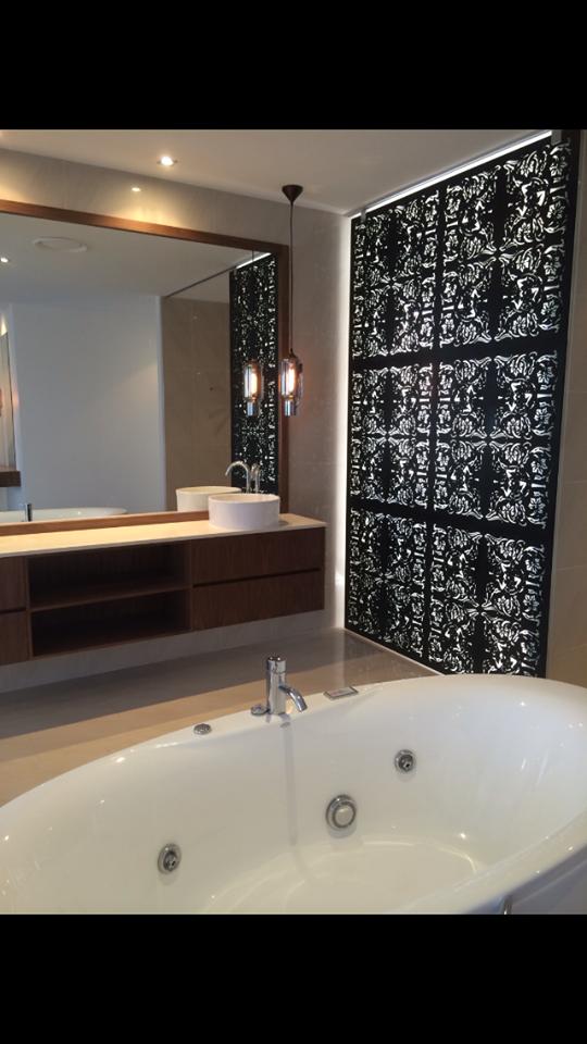 Bathroom design, designer, bath, ensuite, vanity, stone, timber veneer, decorative screening, interior design, interior decorating,