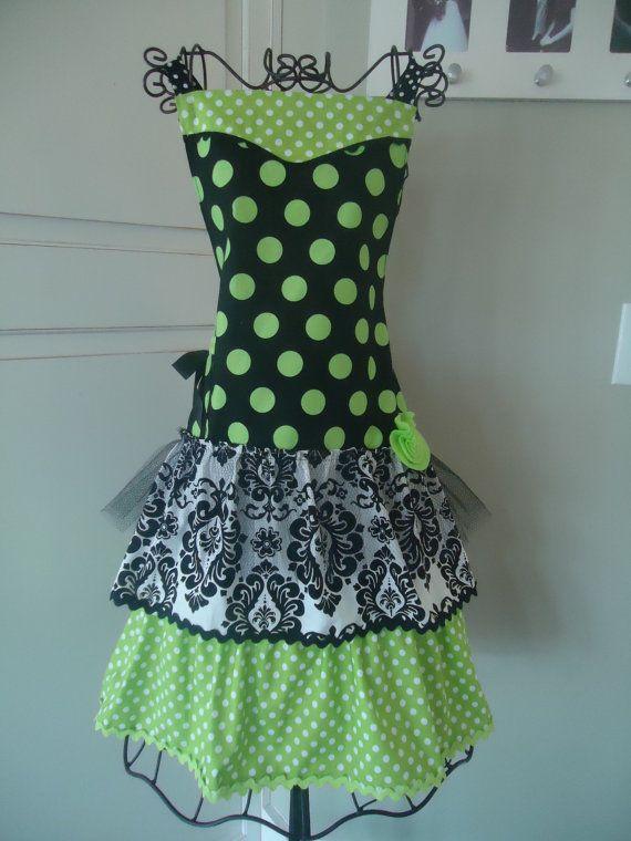 Black/Green Apron