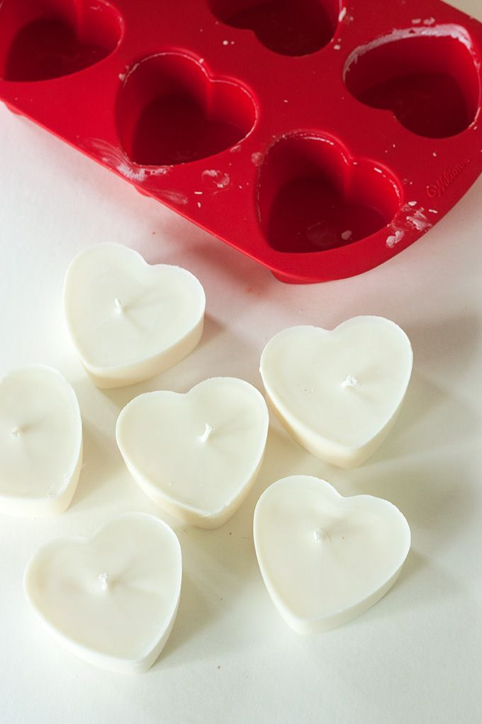DIY: Heart Soy Candles | http://adventures-in-making.com/diy-heart-soy-candles/ #tutorial #candlemaking