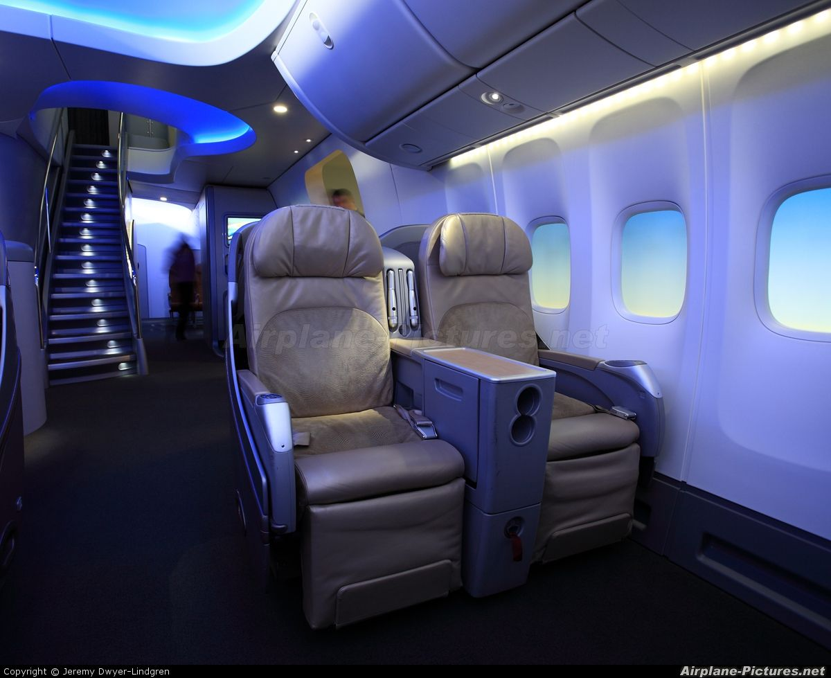 Boeing7478 interior for Boeing 747 exterior