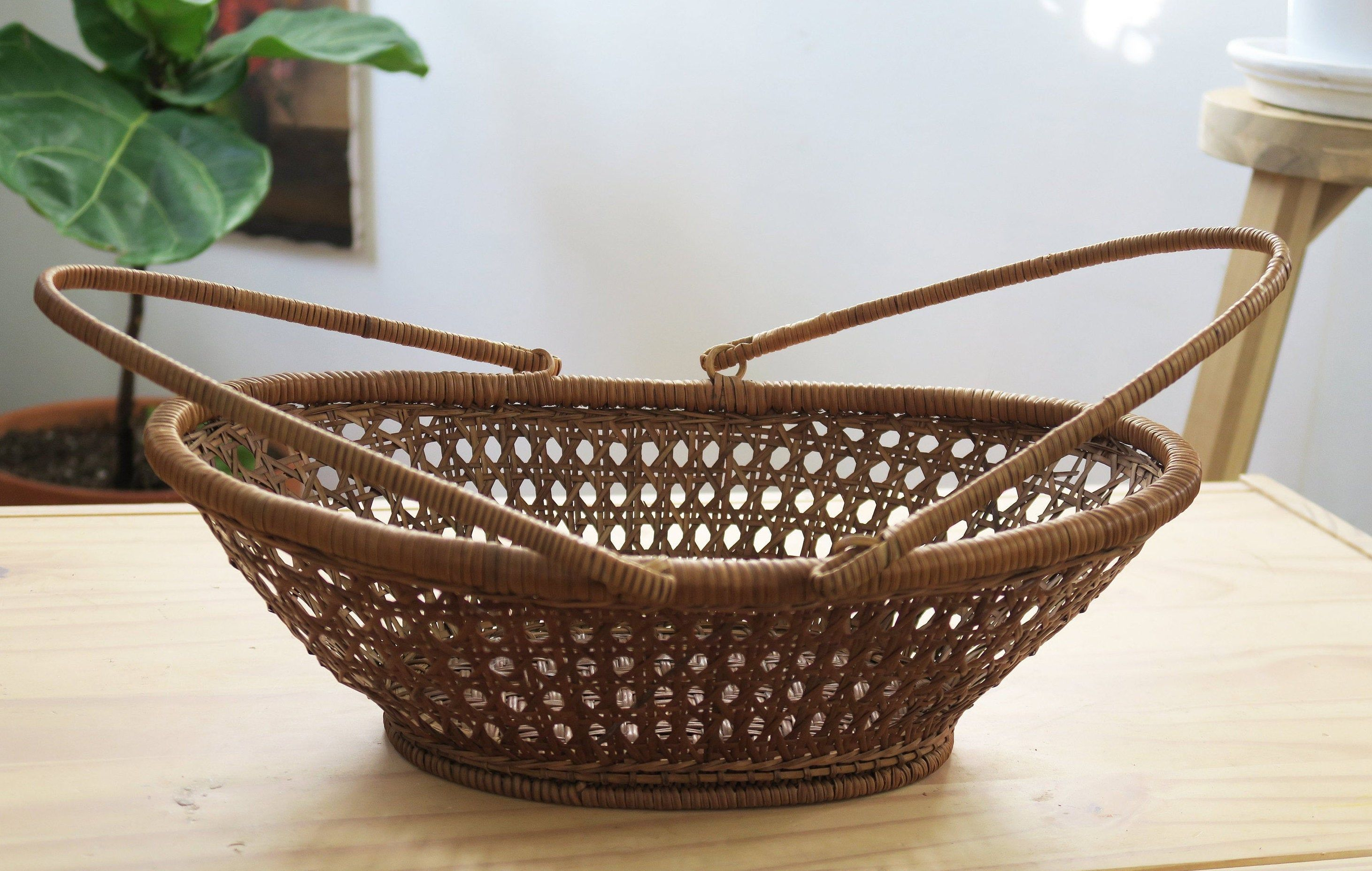 Fruit Basket Storage Basket Farmhouse Decor Rustic Decor Rustic Basket By Tgiboho On E Rustic Baskets Rustic Farmhouse Decor Wicker Baskets With Handles