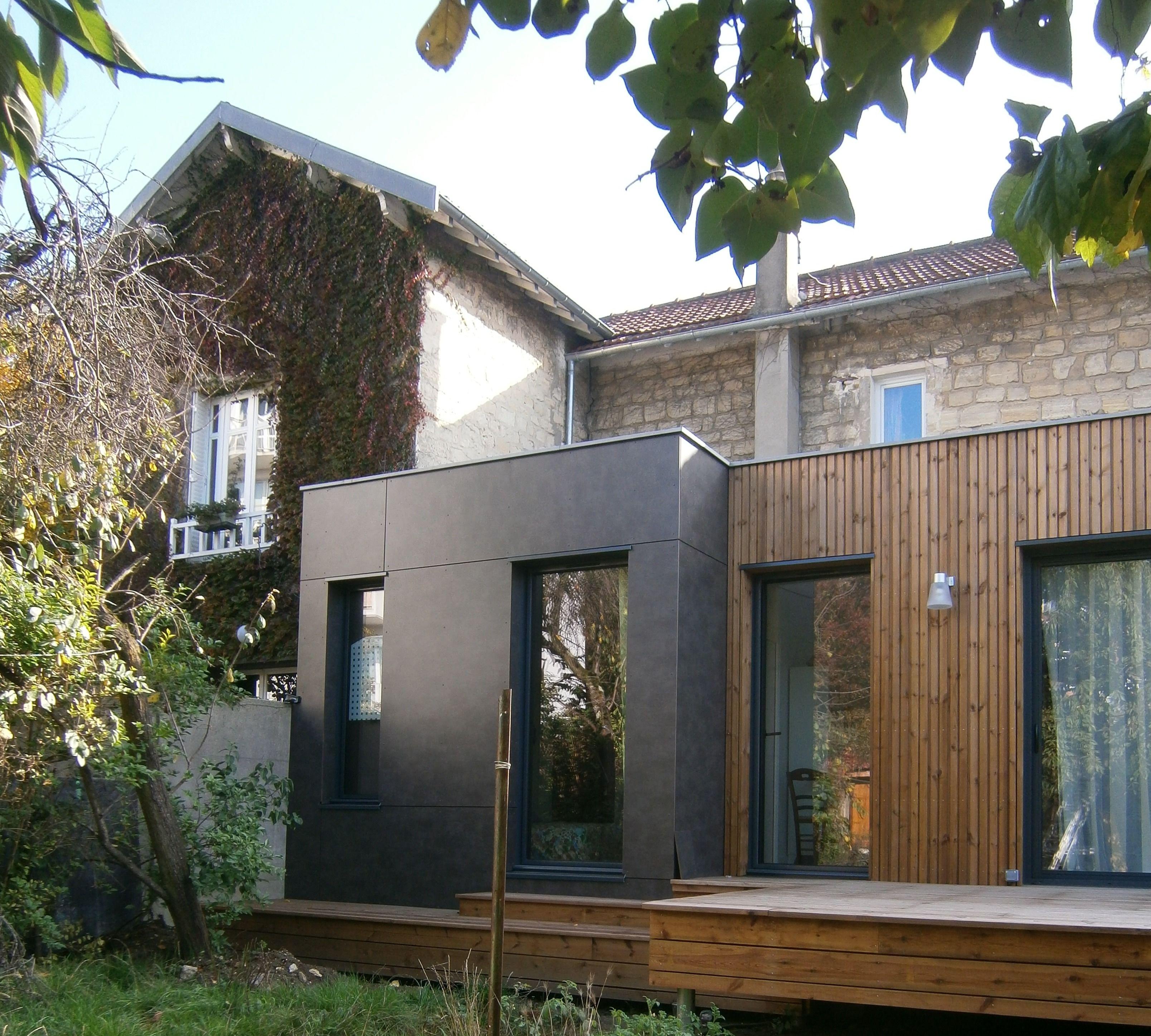 M2 et compagnie pierre labourdette architecture bois wood house extension chatou