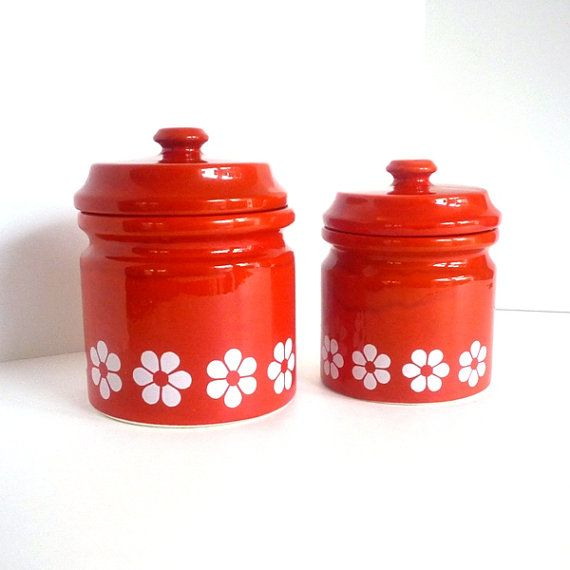 60 S 70 Red Ceramic Canister Set