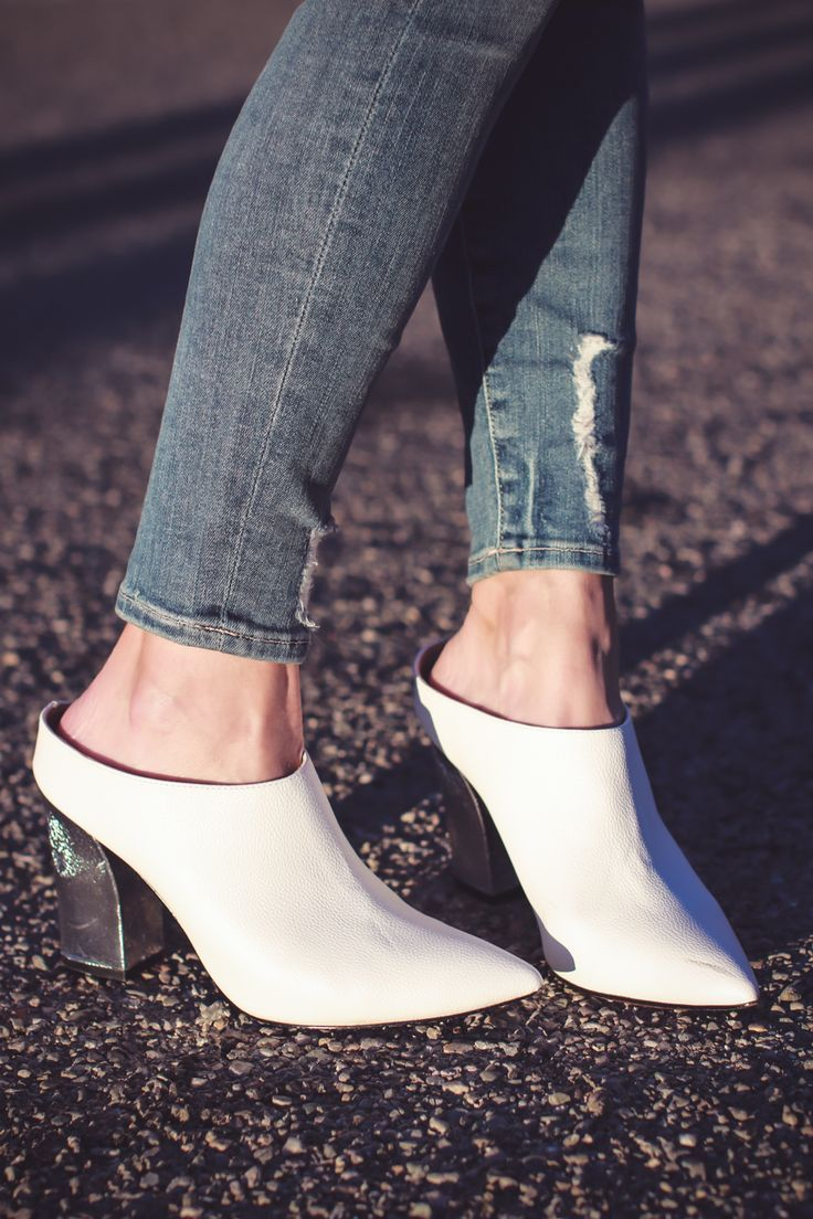 White Shoes, white mules, fashion blogger, Erin Busbee of Busbee Style  wearing Who