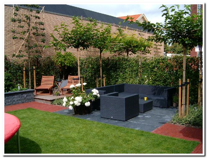 Schlafzimmer ideen kleine tuin inrichten tuinindeling for Kleine achtertuin inrichten