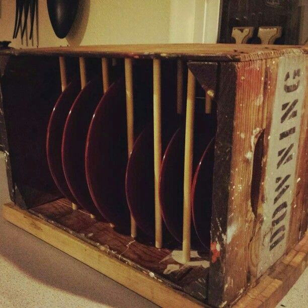 Diy crate and plate rack