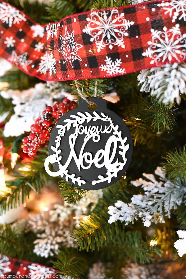 Buffalo Check Christmas Tree Christmas Ribbon On
