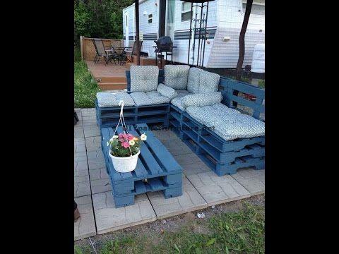 comment faire facilement un canap chaise longue en utilisant des palettes enti res youtube. Black Bedroom Furniture Sets. Home Design Ideas