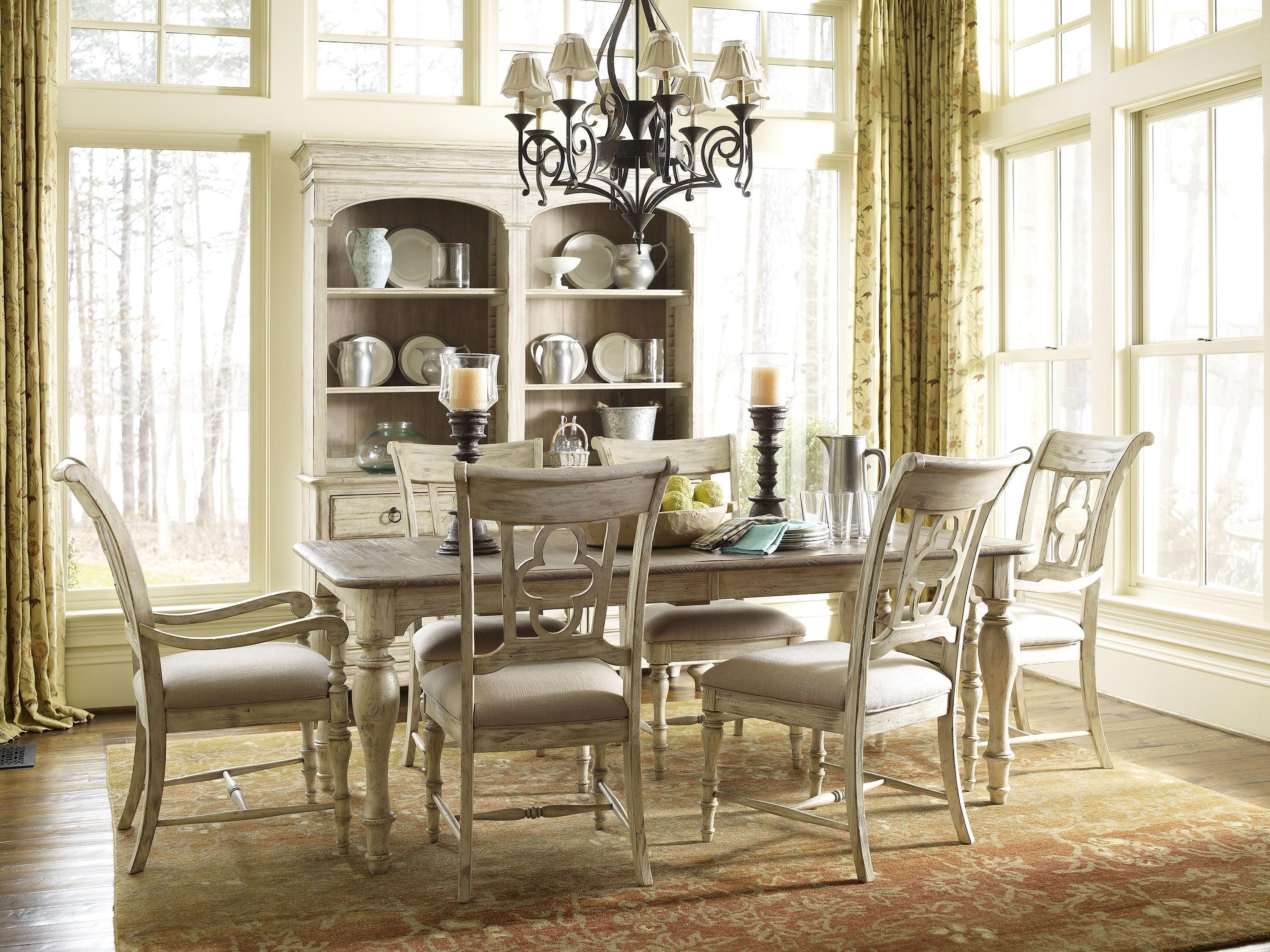 Weatherford 7 Piece Dining Set With Canterbury Table And Quatrefoil Back  Chairs By Kincaid Furniture