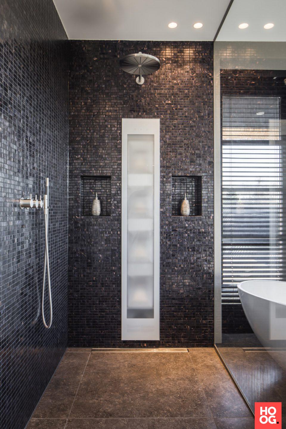 luxe badkamer met douche