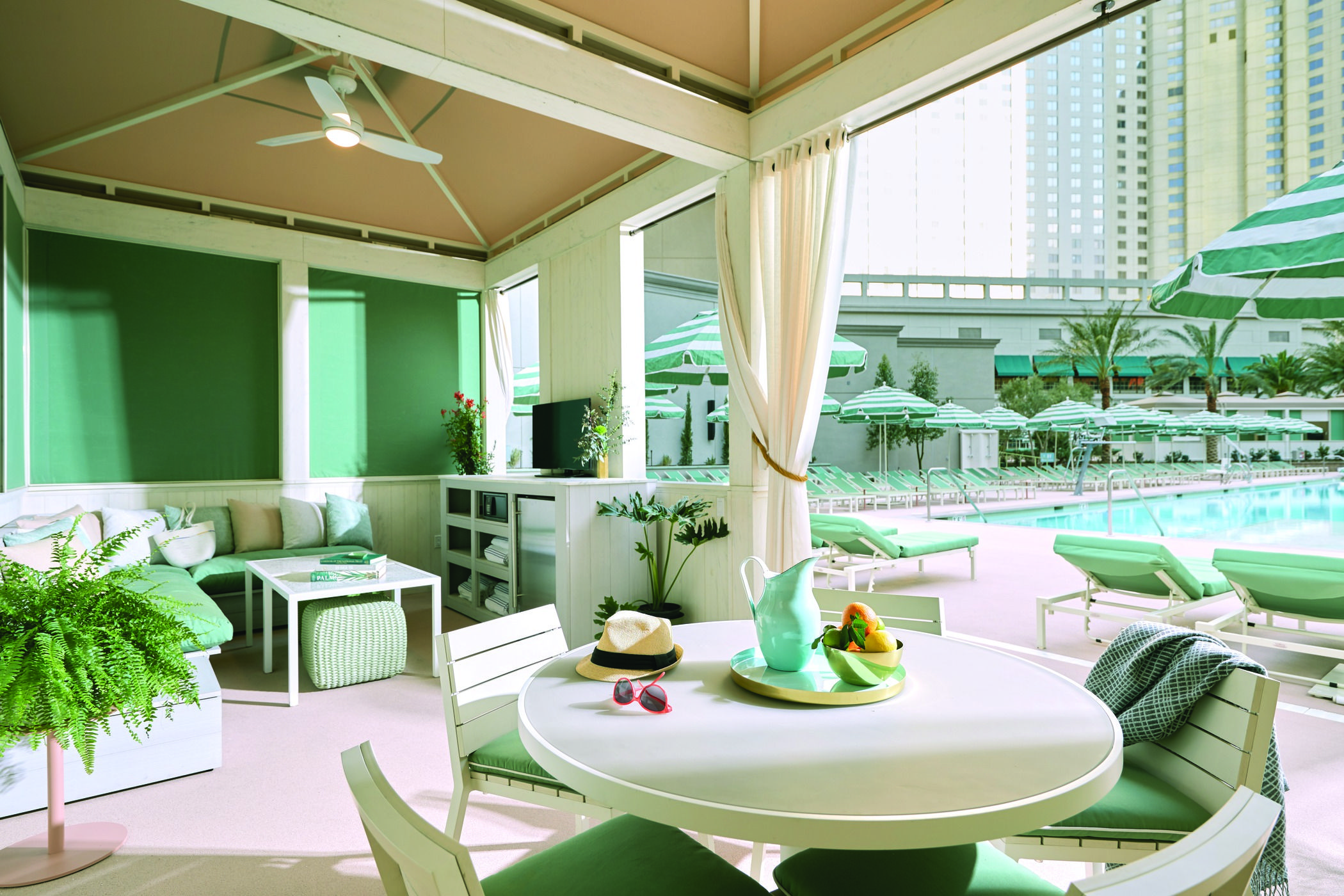 Park Mgm Las Vegas The Perfect Cabana For A Girls Trip To Las Vegas Best Las Vegas Hotels Las Vegas Hotels Vegas Hotel