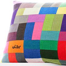 kissen konfigurator mit einer auswahl von 337 farben in millionen varianten kissen selber gestalten httpediteedekissengestaltenhtml pinterest - Kissen Selber Gestalten