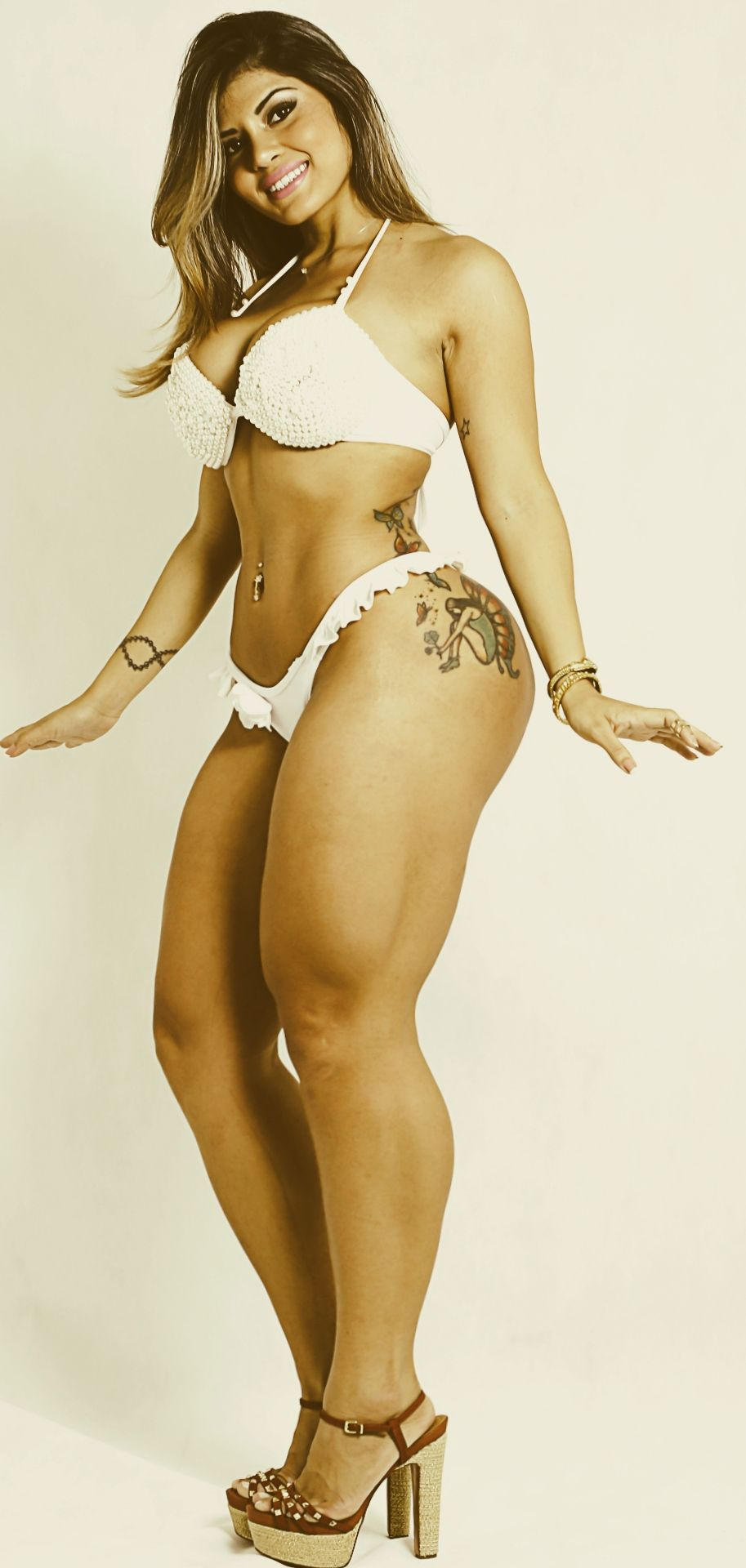 Thick legs foxy | Hot images)