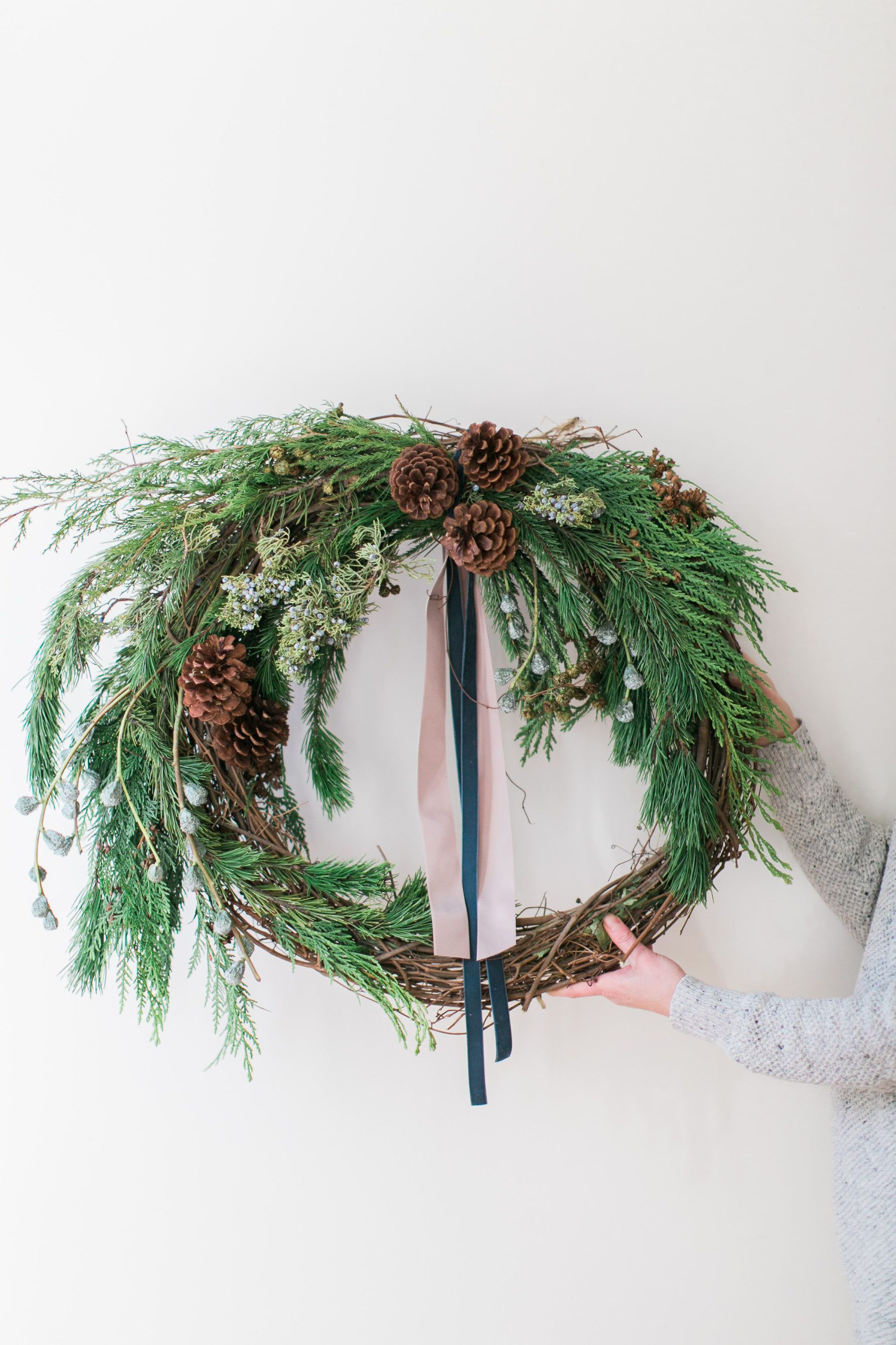 Up Your Cold Weather Curb Appeal with this DIY Winter Wreath