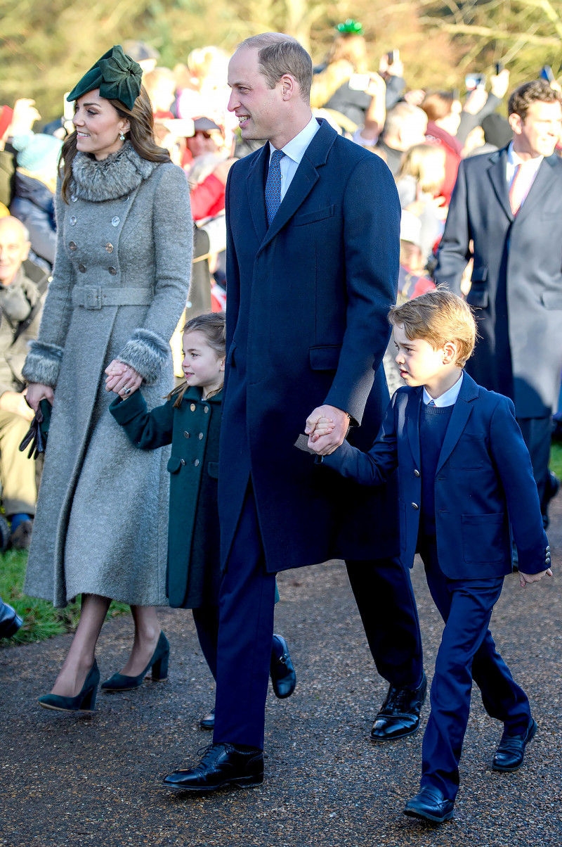 Duchess Of Cambridge In Catherine Walker For Royal Family Christmas Dress Like A Duchess Duchess Of Cambridge Prince William And Catherine Duchess Kate